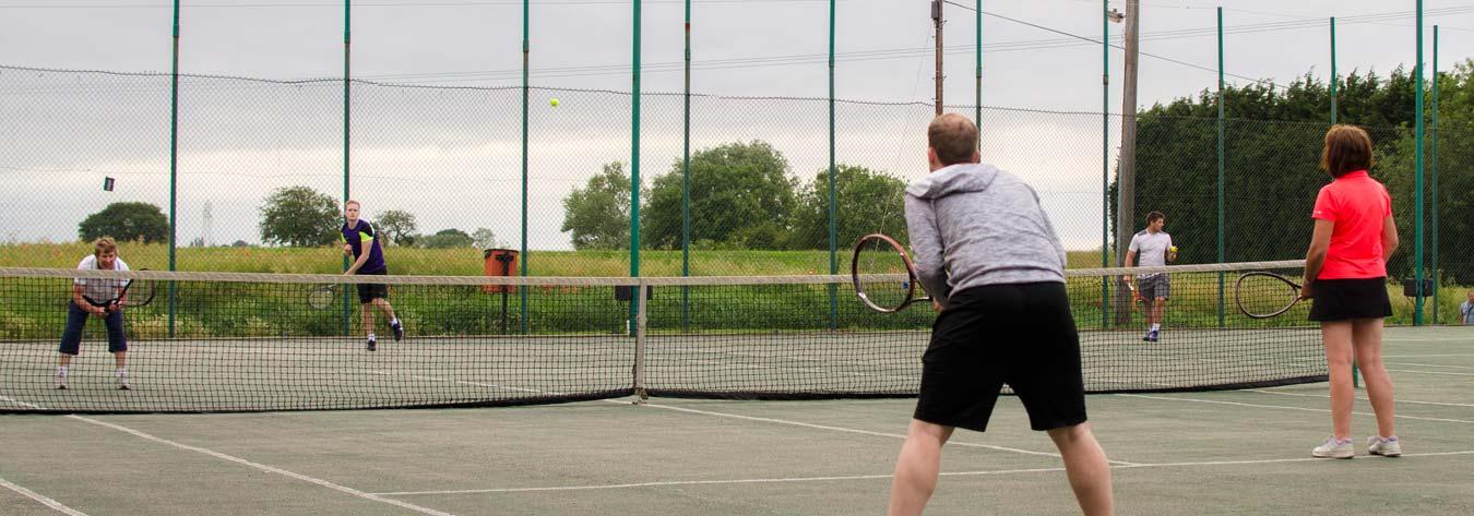 tennis-court-lights-match